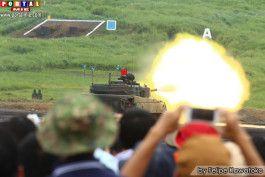 Público pode ver de perto tanques de guerra atirando de verdade